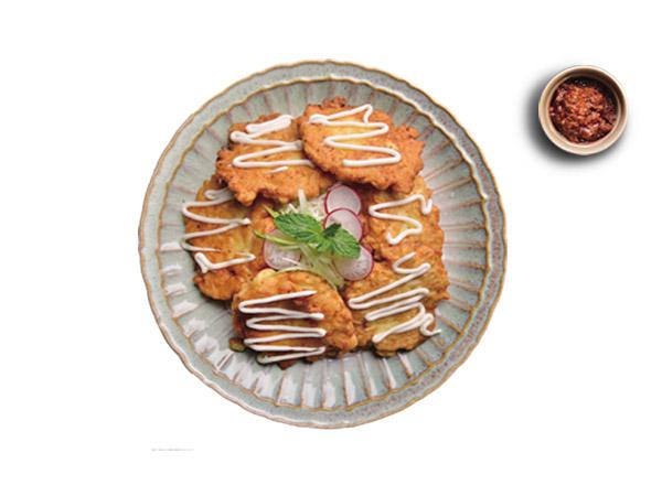 香酥蔬菜鸡肉面饼配香葱牛肉酱
