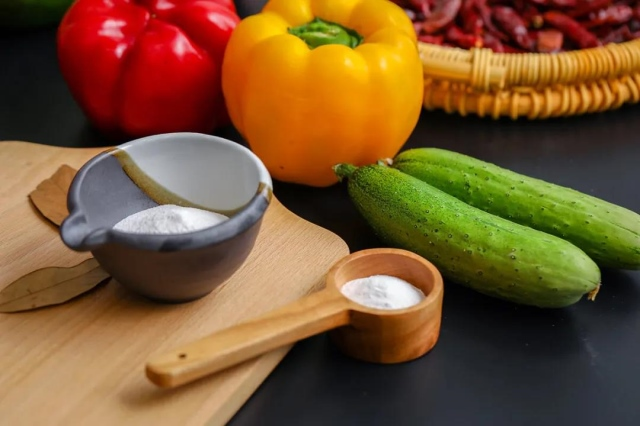 (中国现人均日摄入食盐量平均为9.5g/天)